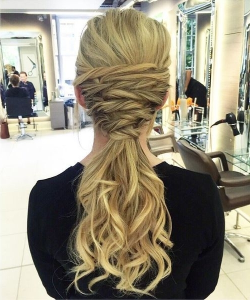22 Pretty, Charming Ways To Style Your Ponytail: Ponytail Hairstyle Pertaining To Charmingly Soft Ponytail Hairstyles (View 11 of 25)