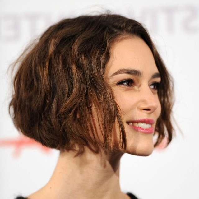 22 Simple Bob Hairstyles For Thin Hair: Easy Bob Haircuts – Popular With Adorable Wavy Bob Hairstyles (View 13 of 25)