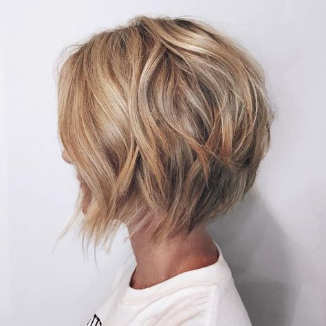 23+ Cute Layered Bob Haircuts For Beautiful Women | Blonde Layers With Hazel Blonde Razored Bob Hairstyles (View 4 of 25)