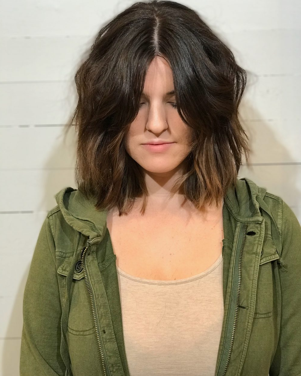 24 Flattering Middle Part Hairstyles In 2018 Pertaining To Center Part Short Hairstyles (View 4 of 25)