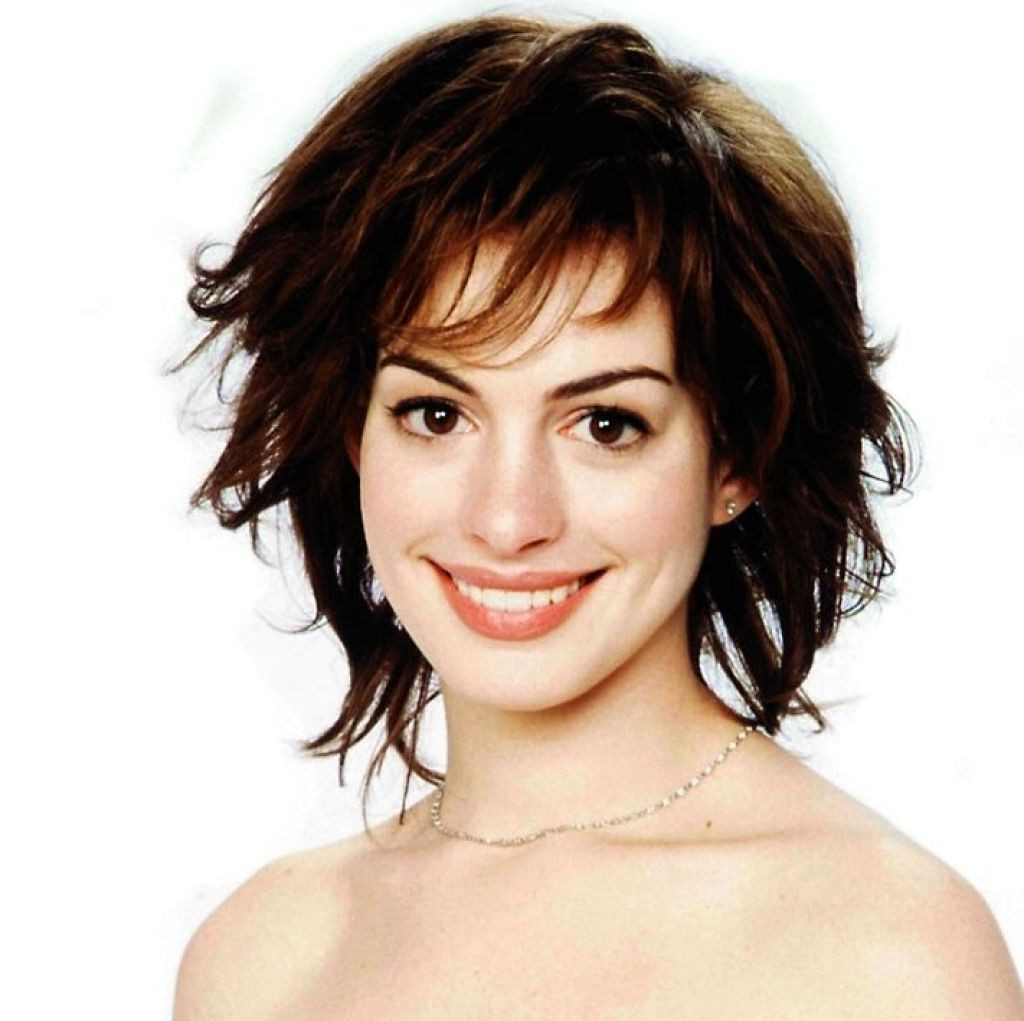 25 Elegant Short Hairstyles Brunette Pictures | Urangsunda Regarding Brunette Short Hairstyles (View 24 of 25)