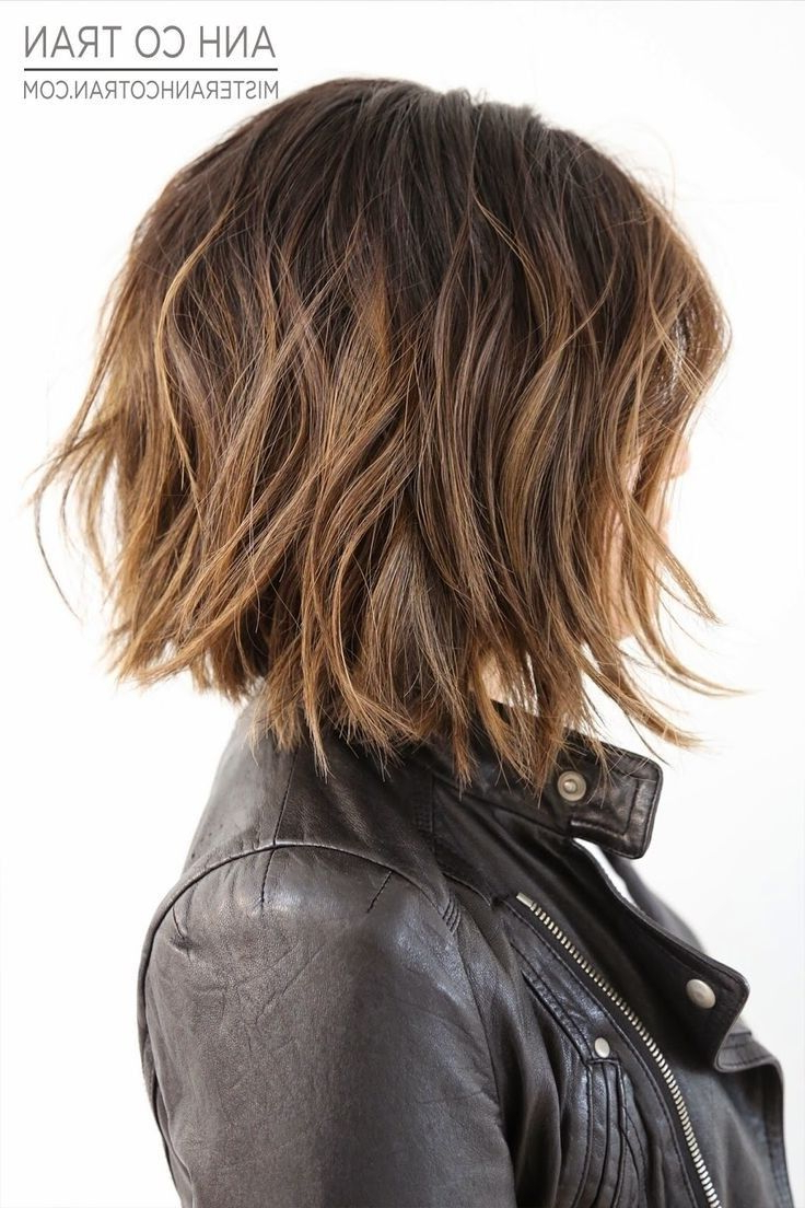 25 Hairstyles For Summer 2018: Sunny Beaches As You Plan Your Intended For Edgy Brunette Bob Hairstyles With Glossy Waves (View 2 of 25)
