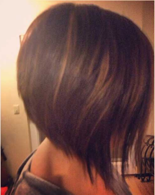 25 Quick Inverted Bob Hairstyles | Pinkous With Inverted Brunette Bob Hairstyles With Feathered Highlights (View 10 of 25)