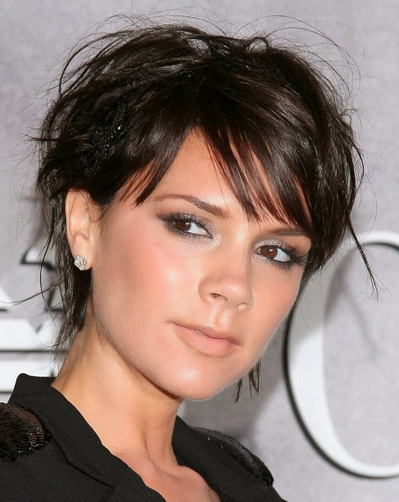 25 Short To Medium Hairstyles | Pinterest | Victoria Beckham Short Inside Victoria Beckham Short Haircuts (View 1 of 25)