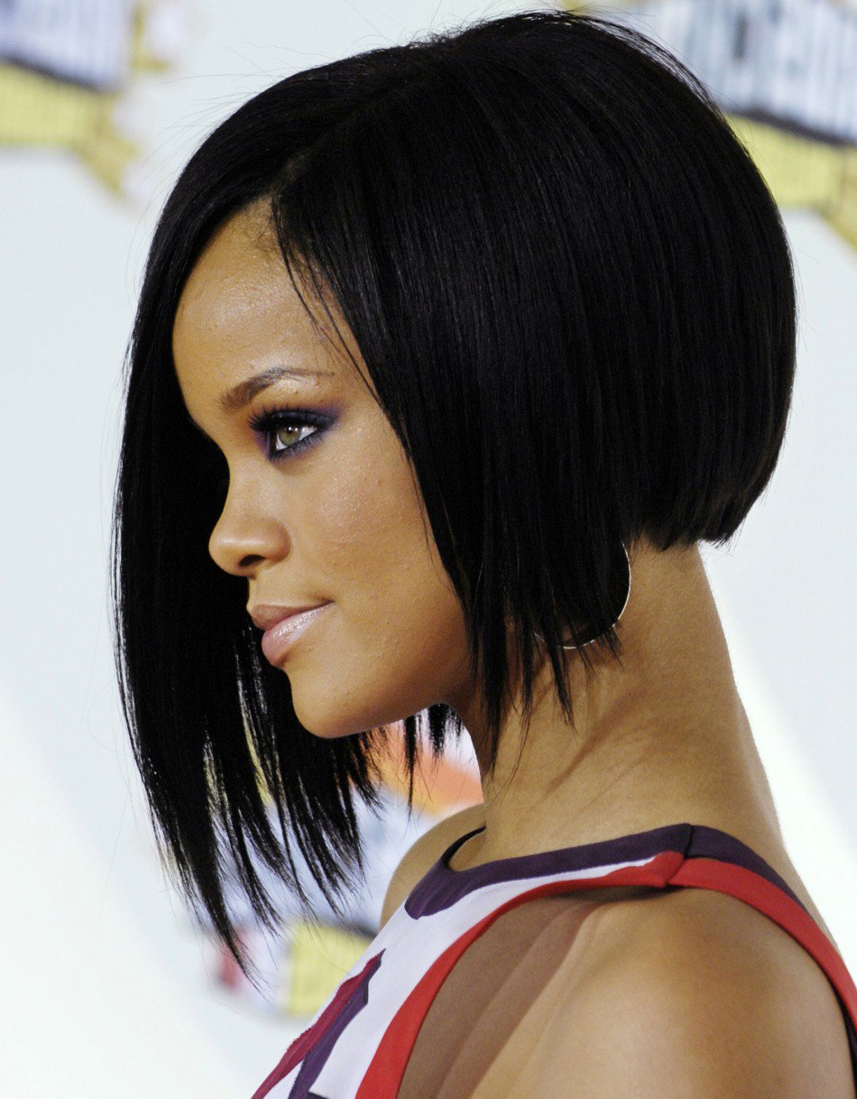 25 Stunning Bob Hairstyles For Black Women With Regard To Layered Short Haircuts For Black Women (View 16 of 25)