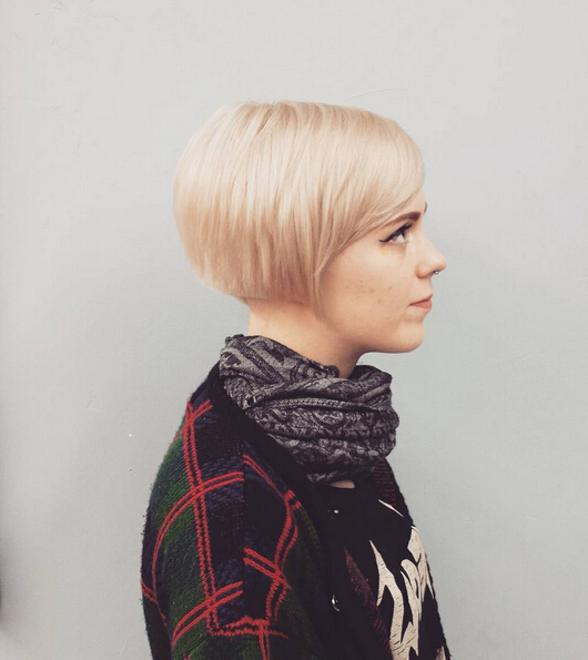 25 Stylish Bob Hairstyles With Bangs –Style & Colour In Perfect Within Blonde Bob Hairstyles With Tapered Side (View 21 of 25)