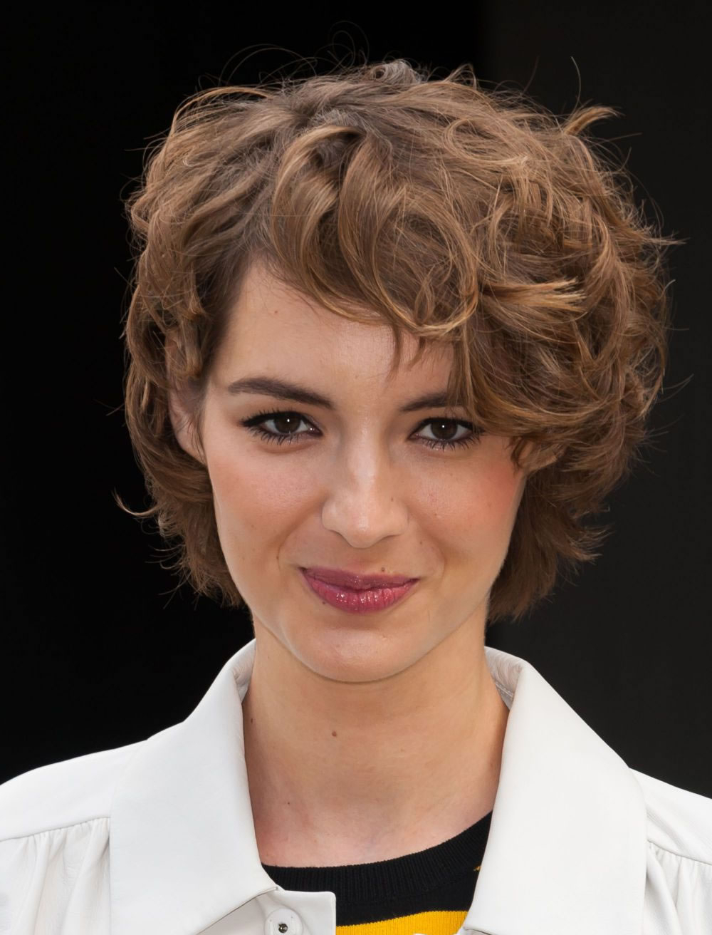 26 Long Short Bob Haircuts For Fine Hair 2017 2018 – Page 2 – Hairstyles For Disheveled Burgundy Brown Bob Hairstyles (View 23 of 25)