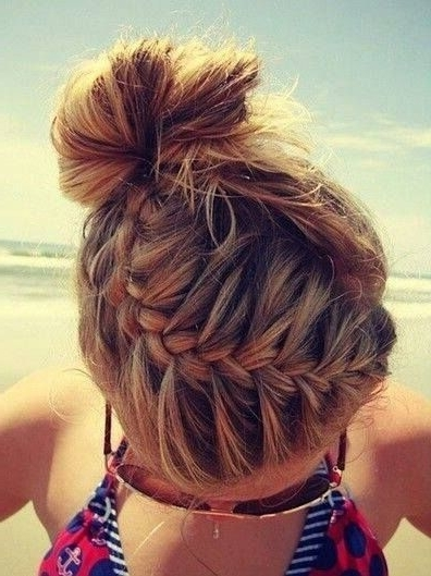 Featured Photo of Beach Friendly Braided Ponytails