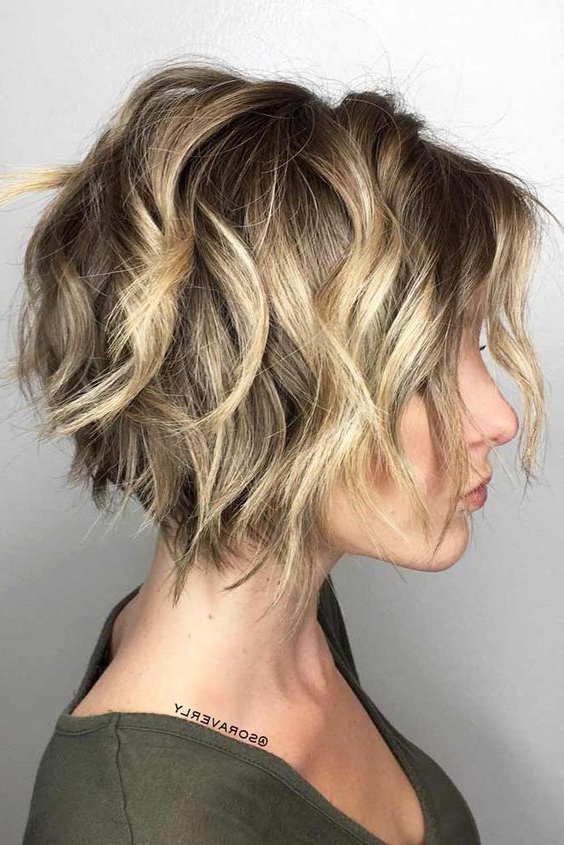 27+ Best Messy Bob Haircuts And Hairstyles –   Hairstyles Within Frizzy Razored White Blonde Bob Haircuts (View 2 of 25)