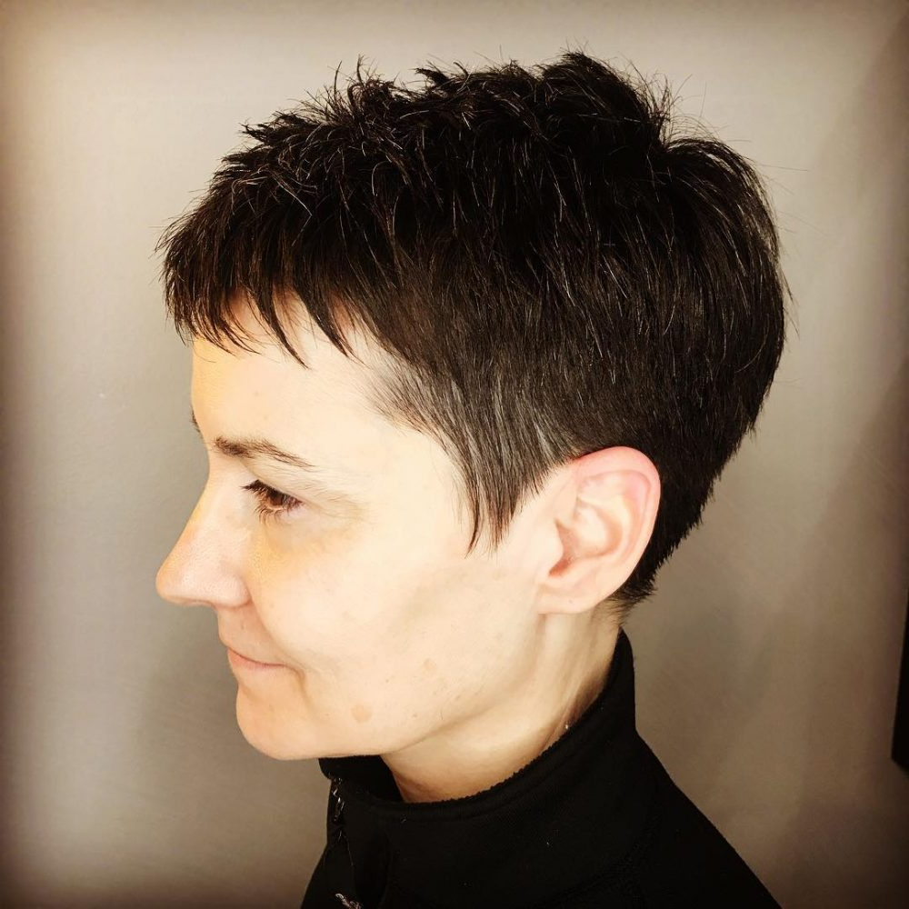 27 Very Short Haircuts You Have To See In 2018 In Short Hairstyles For Glasses Wearers (View 25 of 25)