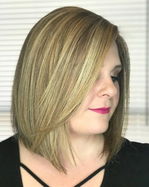 28 Most Flattering Bob Haircuts For Round Faces In 2018 Throughout Caramel Blonde Rounded Layered Bob Hairstyles (View 20 of 25)