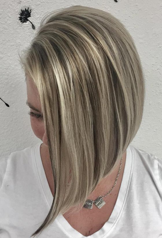 30 Ash Blonde Hair Color Ideas That You'll Want To Try Out Right Away Inside Dirty Blonde Pixie Hairstyles With Bright Highlights (View 9 of 25)
