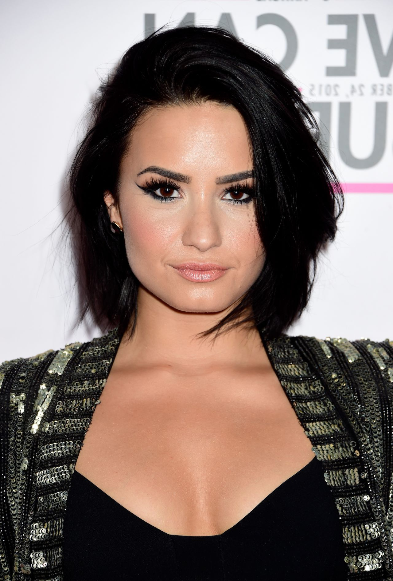 30 Crazy Cute Short Hairstyles For Women With Thick Hair | Fashion With Regard To Demi Lovato Short Hairstyles (View 5 of 25)