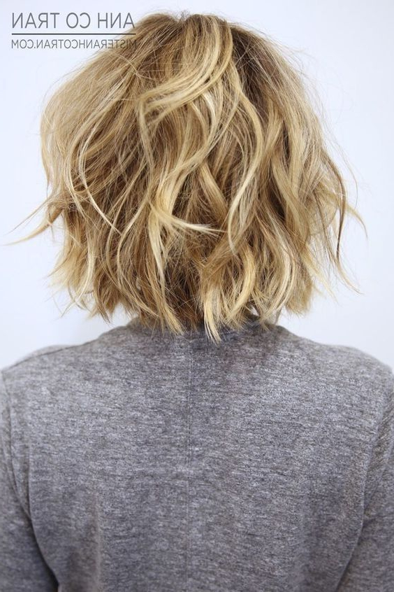30 Cute Messy Bob Hairstyle Ideas 2018 (Short Bob, Mod & Lob In Short Wavy Haircuts With Messy Layers (View 10 of 25)