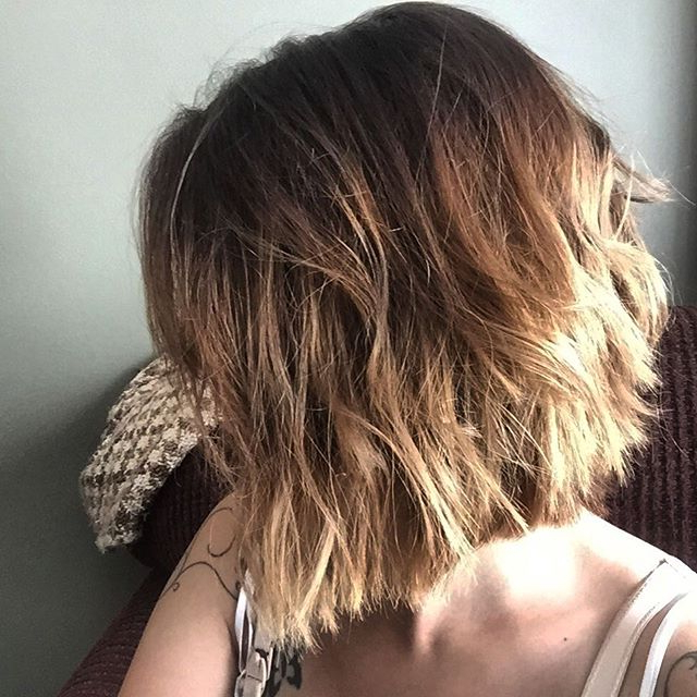 30 Cute Messy Bob Hairstyle Ideas 2018 (Short Bob, Mod & Lob Within Blunt Bob Haircuts With Layers (View 9 of 25)