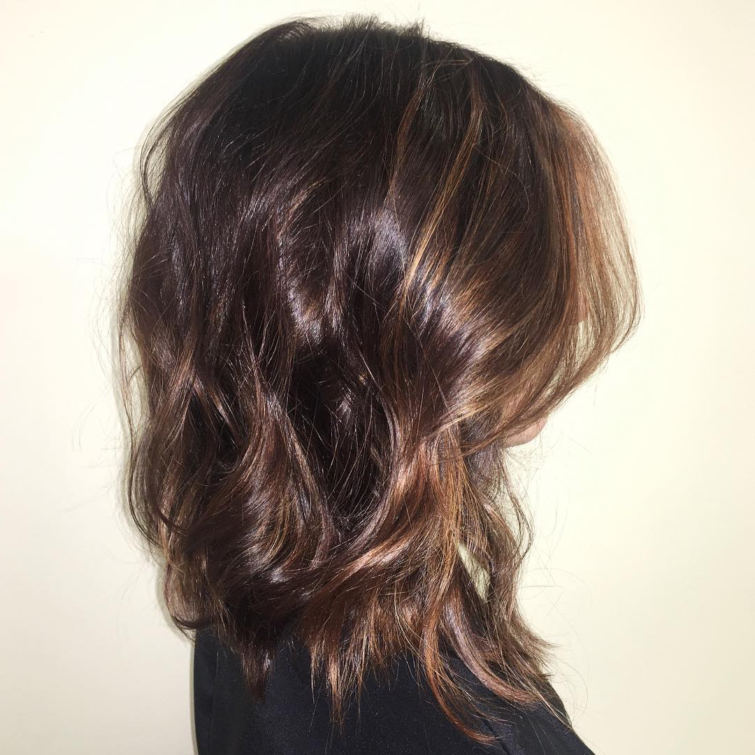 30 Edgy Medium Length Haircuts For Thick Hair [October, 2018] Throughout Soft Brown And Caramel Wavy Bob Hairstyles (View 21 of 25)