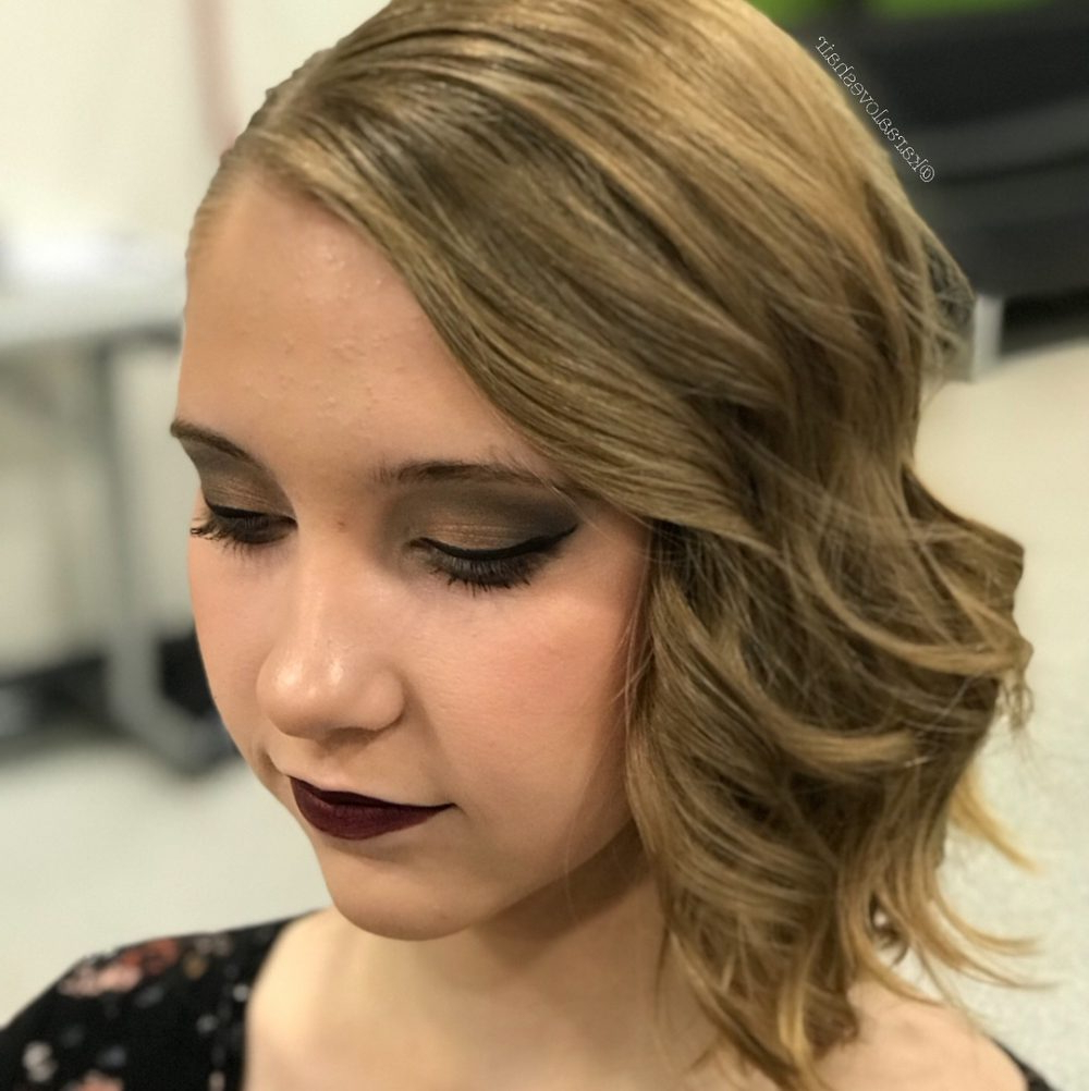 30 Gorgeous Prom Hairstyles For Short Hair With Spunky Short Hairstyles (View 22 of 25)