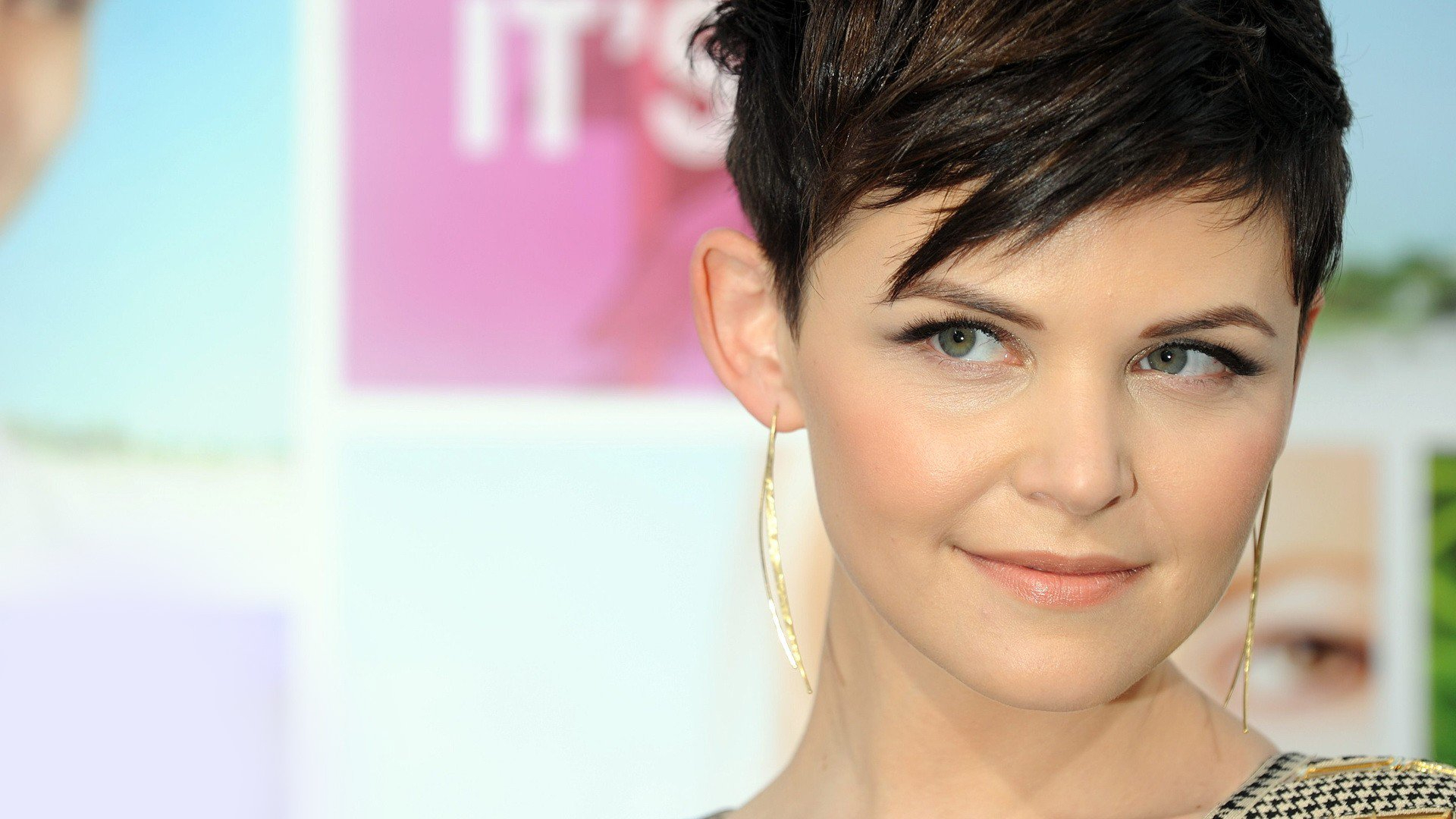 30 Gorgeous Short Haircuts For Round Faces With Short Haircuts For Fat Faces (View 23 of 25)