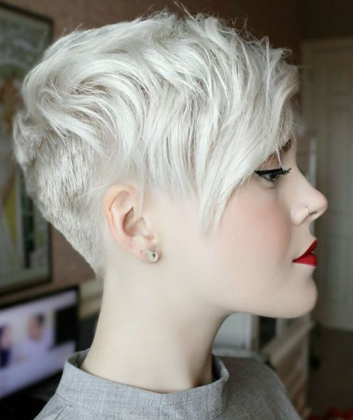 30 Hottest Pixie Haircuts 2019 – Classic To Edgy Pixie Hairstyles With Regard To Side Parted White Blonde Pixie Bob Haircuts (View 25 of 25)