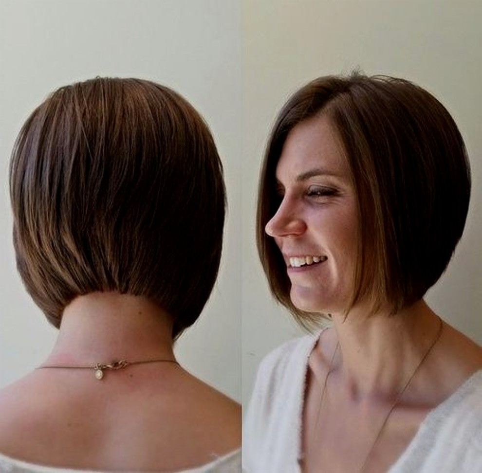 30 Latest Chic Bob Hairstyles For 2018 – Pretty Designs Inside Jaw Length Inverted Curly Brunette Bob Hairstyles (View 22 of 25)