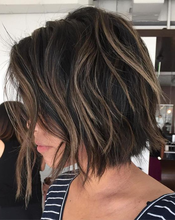 30 Layered Bob Haircuts For Weightless Textured Styles In Messy Shaggy Inverted Bob Hairstyles With Subtle Highlights (View 14 of 25)