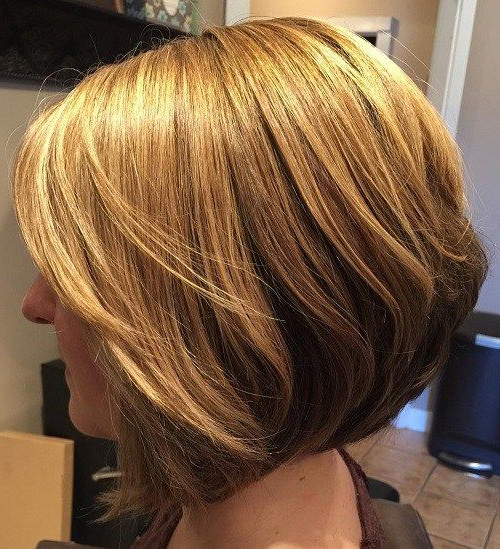 30 Short Straight Hairstyles And Haircuts For Stylish Girls | Hair Within Straight Cut Two Tone Bob Hairstyles (View 8 of 25)