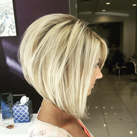 30 Stacked Bob Haircuts For Sophisticated Short Haired Women Inside Southern Belle Bob Haircuts With Gradual Layers (View 5 of 25)