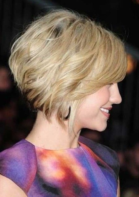 30 Super Hot Stacked Bob Haircuts: Short Hairstyles For Women 2018 With Inverted Bob Hairstyles With Swoopy Layers (View 17 of 25)