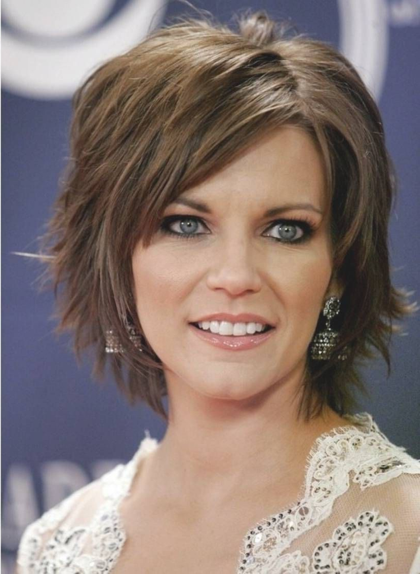31 Short Medium Haircuts Tips You Need To Learn Now | Short Medium For Women Short To Medium Hairstyles (View 6 of 25)