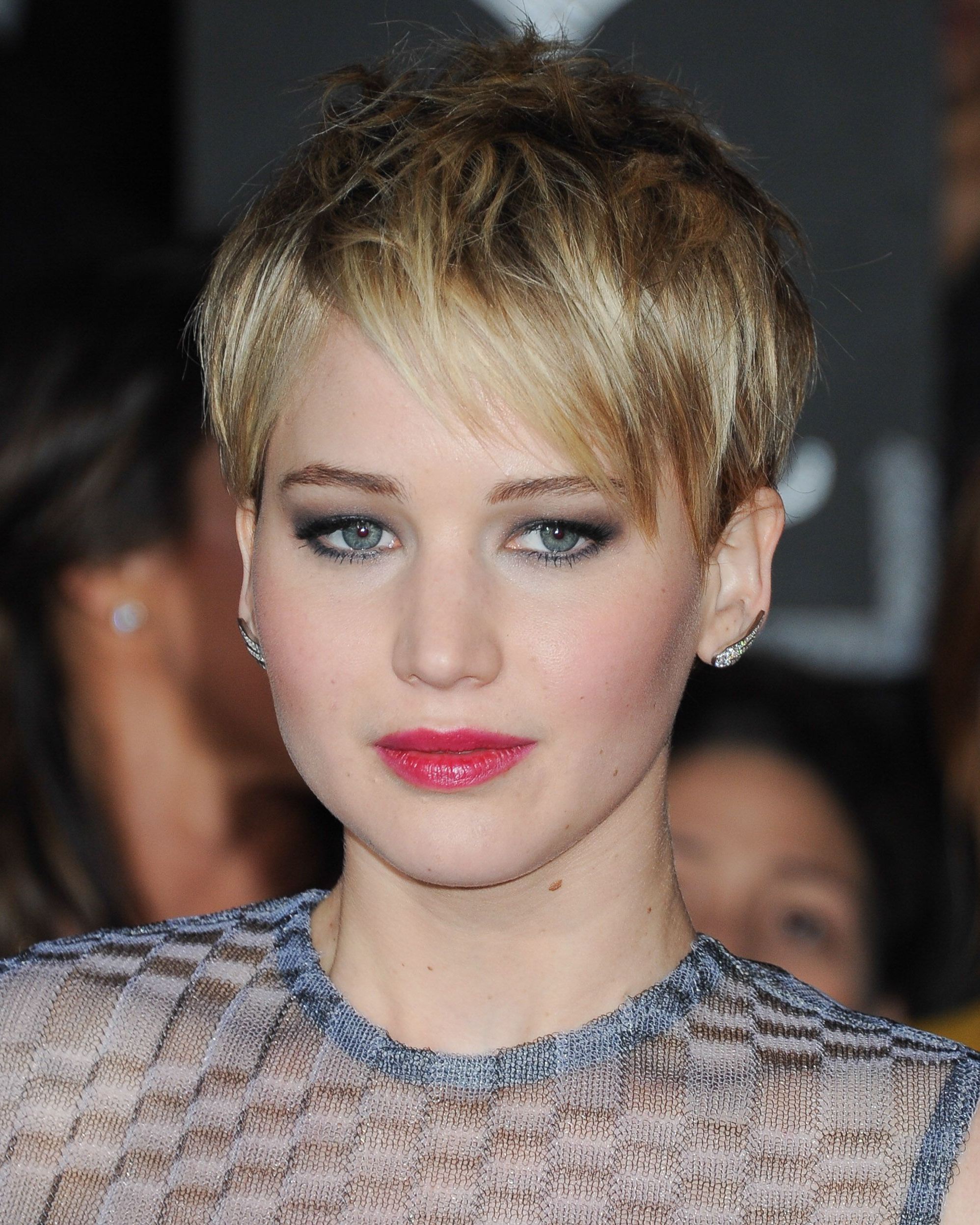 32 Best Short Hair Styles – Bobs, Pixie Cuts, And More Celebrity In Short Haircuts Bobs Crops (View 13 of 26)