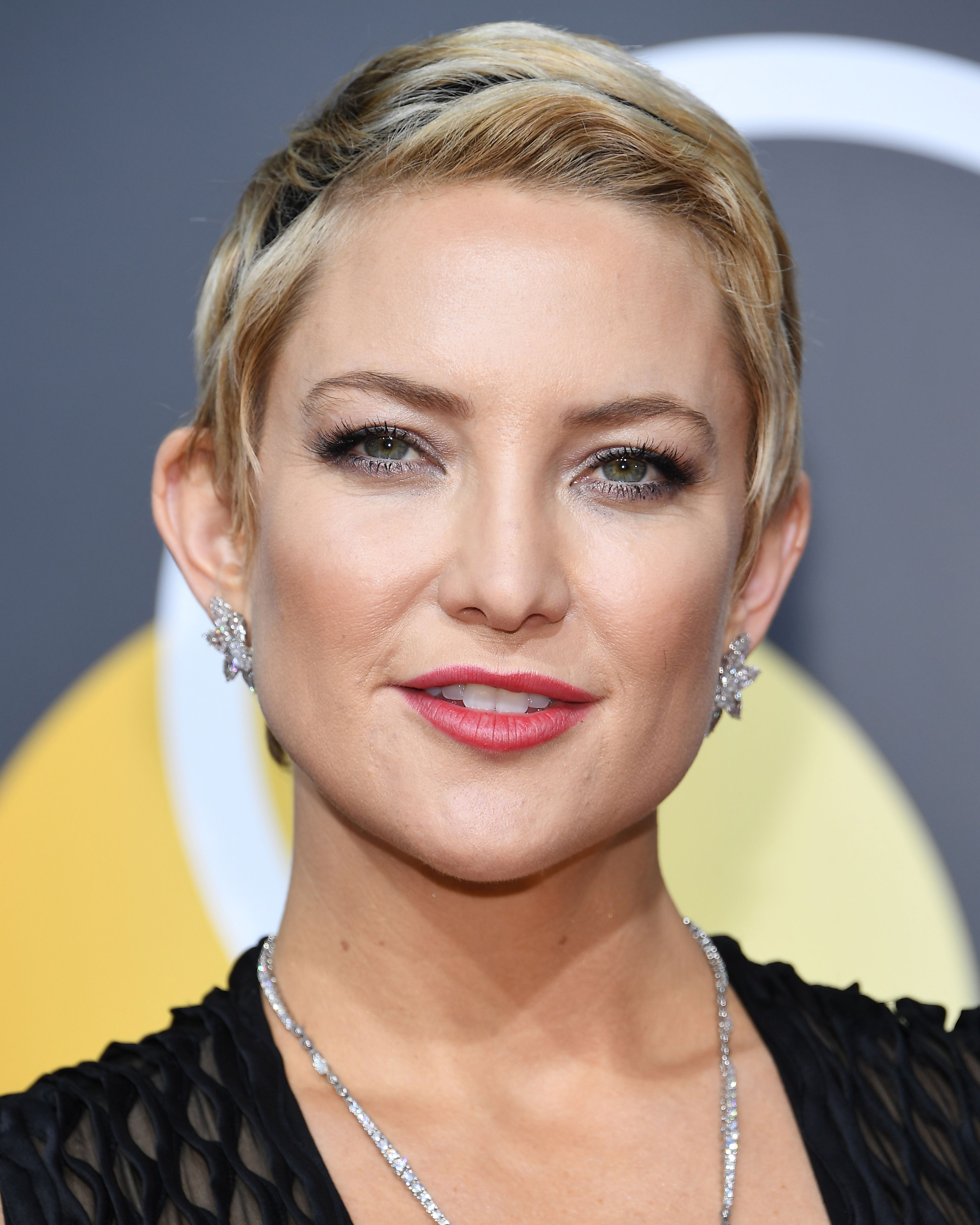 32 Best Short Hair Styles – Bobs, Pixie Cuts, And More Celebrity Regarding Short Hairstyles For Small Faces (View 24 of 25)