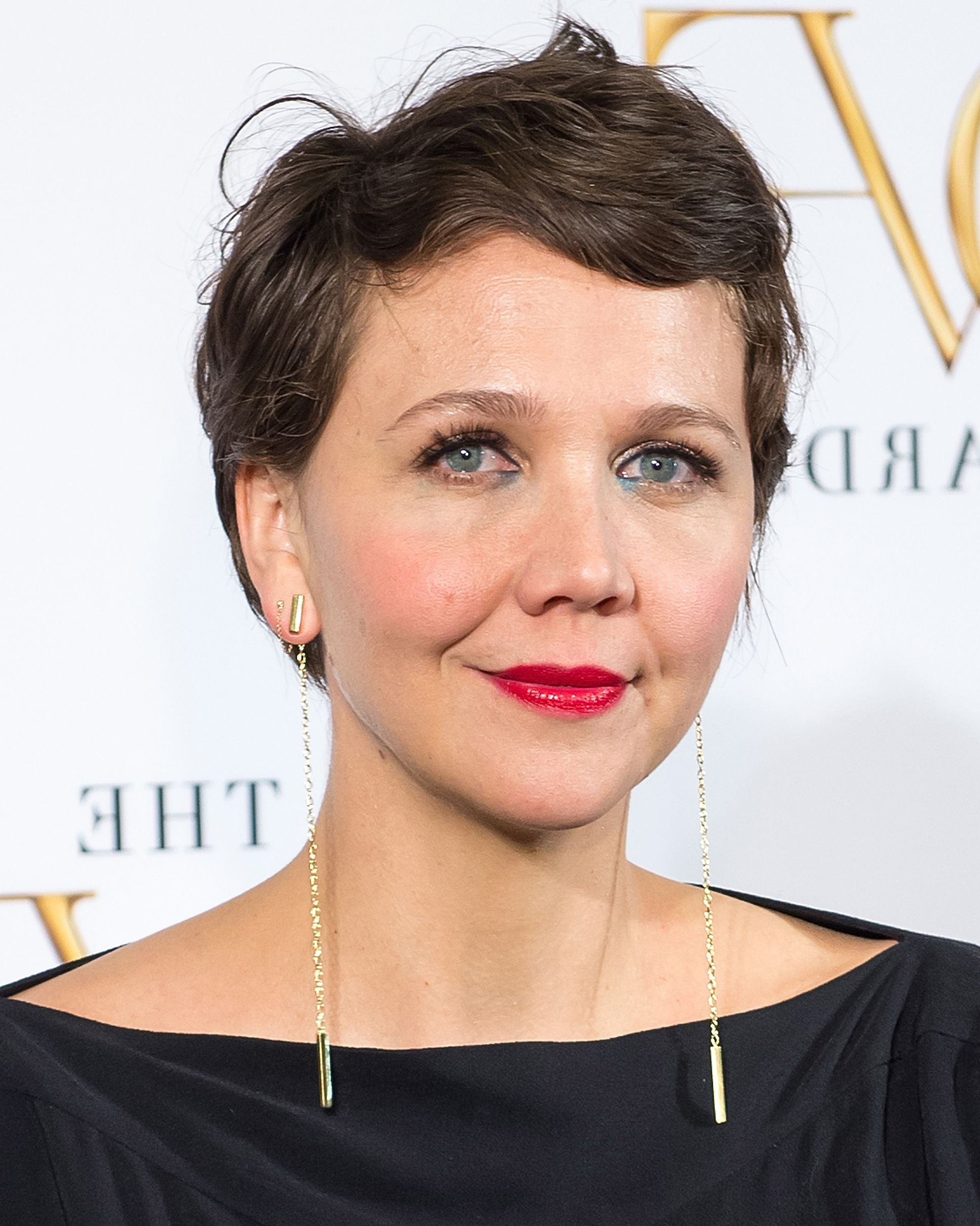32 Best Short Hair Styles – Bobs, Pixie Cuts, And More Celebrity With Scarlett Johansson Short Hairstyles (View 18 of 25)