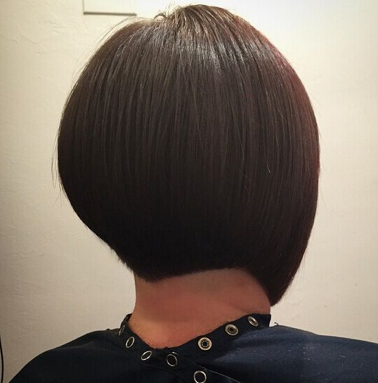 32 Latest Bob Haircuts For The Season – Pretty Designs In Short Bob Hairstyles With Tapered Back (View 7 of 25)