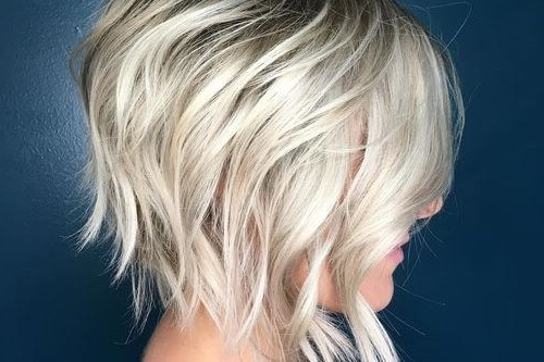 32 Layered Bob Hairstyles So Hot We Want To Try All Of Them Inside Messy Shaggy Inverted Bob Hairstyles With Subtle Highlights (View 18 of 25)