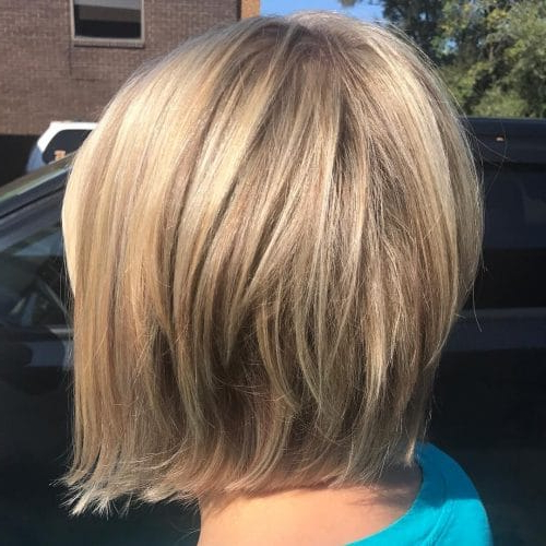 32 Layered Bob Hairstyles So Hot We Want To Try All Of Them Inside Messy Shaggy Inverted Bob Hairstyles With Subtle Highlights (View 10 of 25)