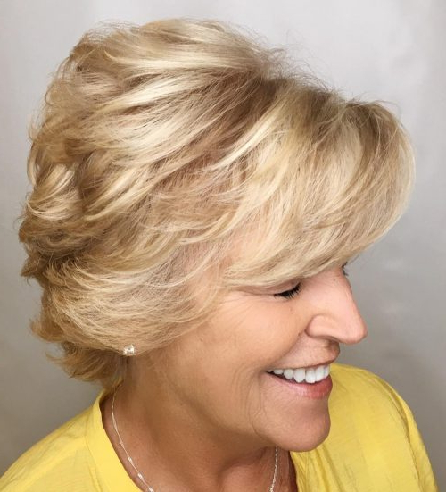 32 Layered Bob Hairstyles So Hot We Want To Try All Of Them With Ash Blonde Bob Hairstyles With Feathered Layers (View 23 of 25)