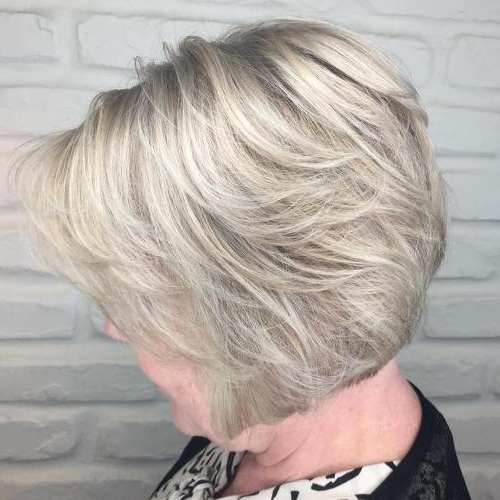 33+ Classy & Simple Short Hairstyles For Older Women – Sensod Inside Ash Blonde Bob Hairstyles With Feathered Layers (View 15 of 25)