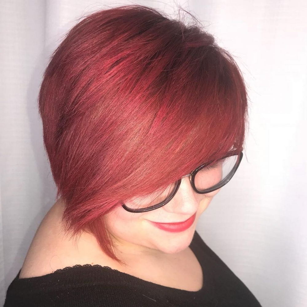 33 Flattering Short Hairstyles For Round Faces In 2018 For Super Short Hairstyles For Round Faces (View 4 of 25)