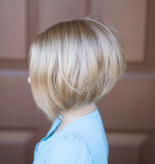 33 Hottest A Line Bob Haircuts You'll Want To Try In 2018 Inside Stacked Sleek White Blonde Bob Haircuts (View 13 of 25)