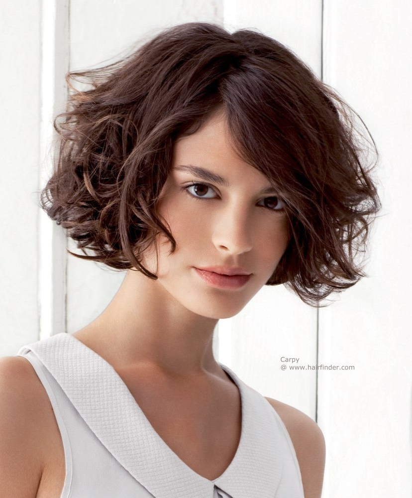 33+ Most Stylish Short Curly Hairstyles & Haircuts For Women Inside Layered Haircuts For Short Curly Hair (View 23 of 25)