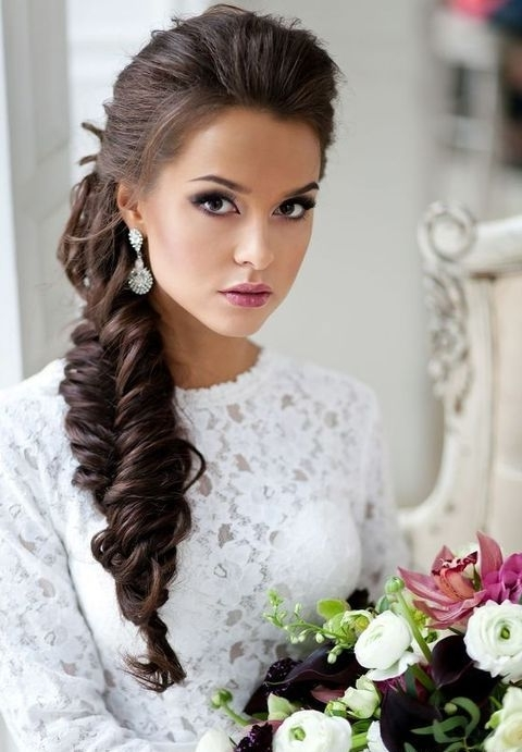 34 Elegant Side Swept Hairstyles You Should Try – Weddingomania Regarding Messy Side Ponytails (View 7 of 25)