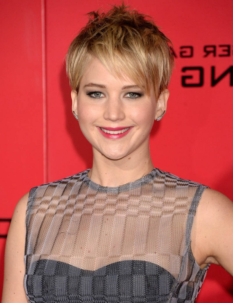 35 Awesome Short Hairstyles For Fine Hair Within Cute Short Hairstyles For Fine Hair (View 20 of 25)