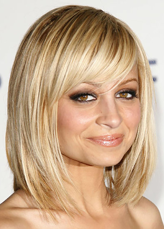 35 Cute Short Haircuts For Women 2018 – Easy Short Female Hairstyle Regarding Short Haircuts For Women With Big Ears (View 10 of 25)