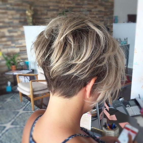 35 Fabulous Short Haircuts For Thick Hair Within Choppy Pixie Bob Haircuts With Stacked Nape (View 12 of 25)