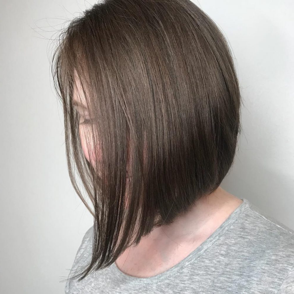 35 Short Straight Hairstyles Trending Right Now (Updated For 2018) Regarding Rebonded Short Hairstyles (View 2 of 25)