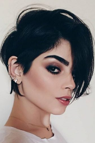 39 Popular And Posh Pixie Cut Looks | Lovehairstyles Inside Elongated Choppy Pixie Haircuts With Tapered Back (View 9 of 25)