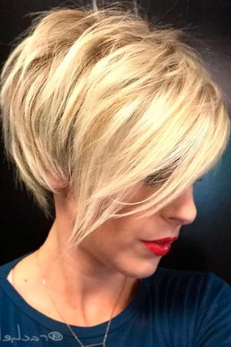 39 Short Layered Hairstyles For Women | Lovehairstyles Within Short Layered Hairstyles (View 14 of 25)