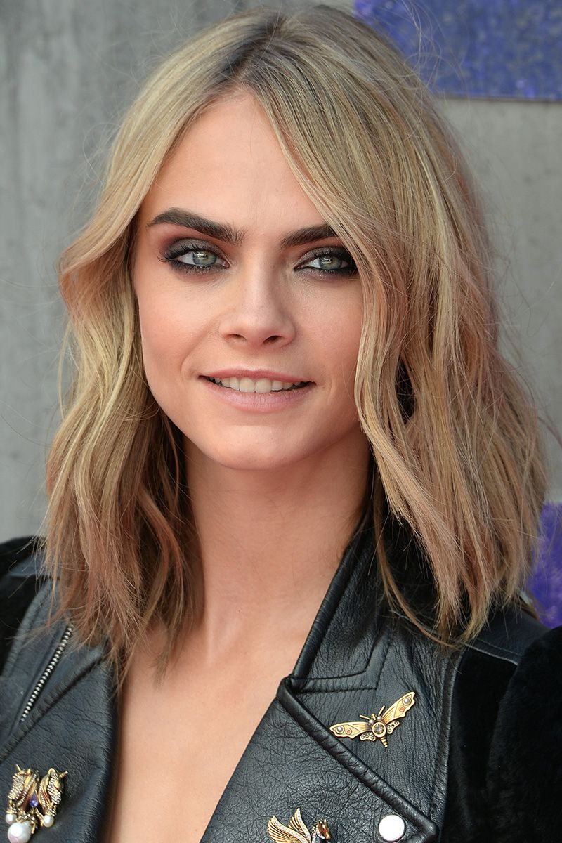 40 Best Medium Hairstyles – Celebrities With Shoulder Length Haircuts Throughout Short Haircuts For Petite Women (View 2 of 25)
