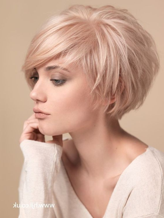 40 Best Short Hairstyles For Fine Hair 2019 Within Rounded Pixie Bob Haircuts With Blonde Balayage (View 22 of 25)