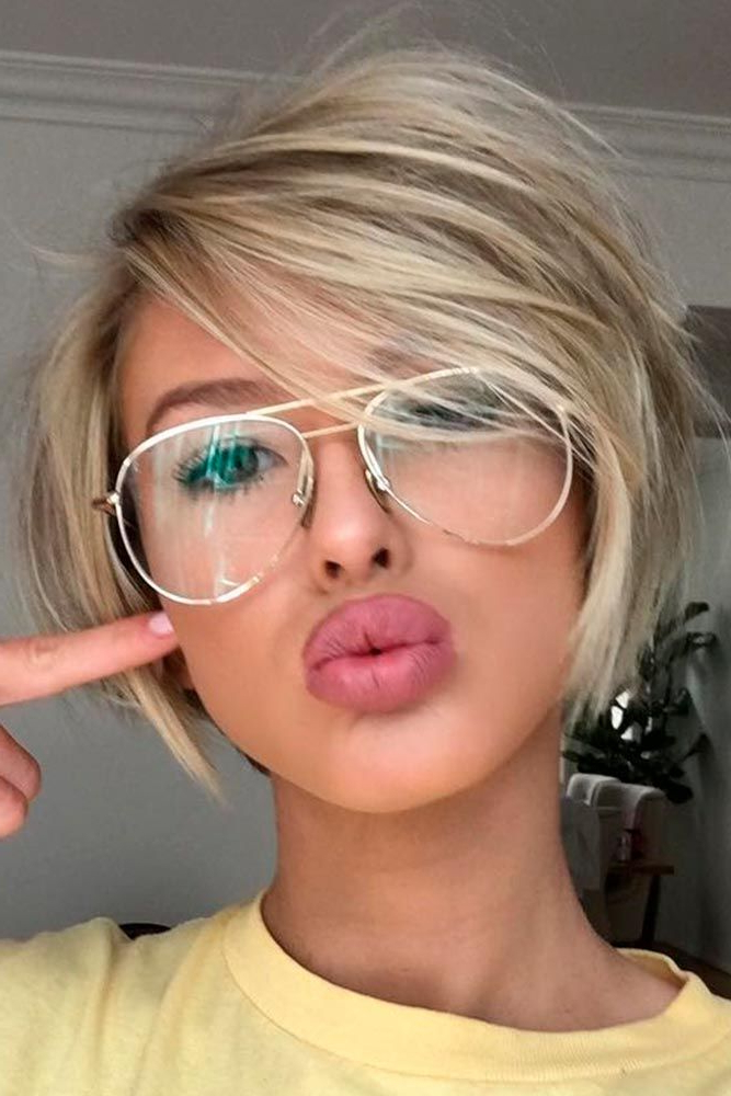 40 Blonde Short Hairstyles For Round Faces   Summer Project Intended For Rounded Pixie Bob Haircuts With Blonde Balayage (View 12 of 25)